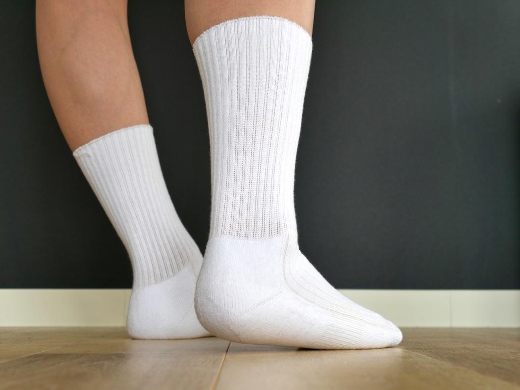 デッドストック靴下、昭和の名残りの清楚な白靴下
