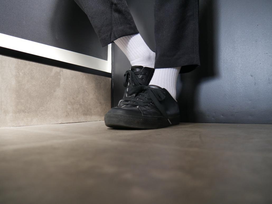 「いつも白靴下ですね」と言われた夜のエピソード